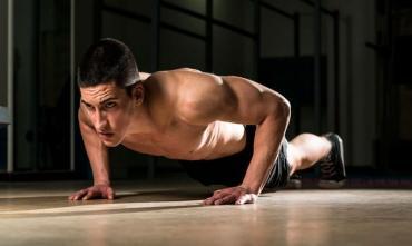 Як чоловікові тренуватися без інвентарю: ефективна програма для вдома