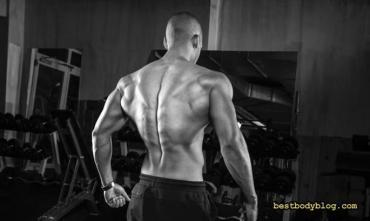 Качаємо спину вдома: вправи для чоловіків та жінок