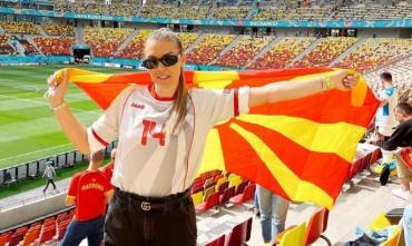 Девушка дня. Прекрасная девушка лидера обороны сборной Северной Македонии. ФОТО
