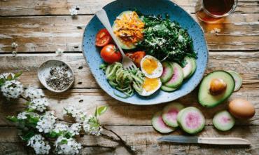 Яким має бути харчування після тренування: поради та приклади раціону