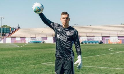 Девич снова дома, Мариуполь арендовал ещё одного игрока. Трансферный центр UA-Футбол