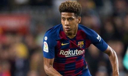 Шальке не будет выкупать контракт Тодибо у Барселоны