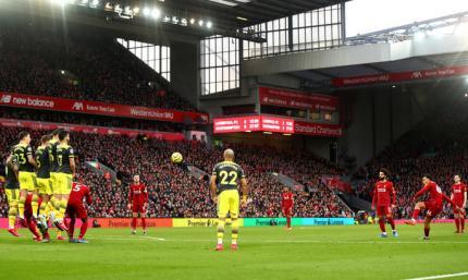 АПЛ. Ливерпуль громит Саутгемптон, Вест Хэм играет вничью с Брайтоном и очередной успех Шеффилда