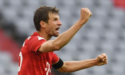 Бавария - Айнтрахт 5:2. Лучший ассистент Европы против лучшего защитника-голеадора