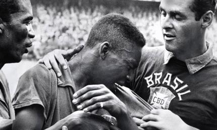Встречайте короля! Сегодня - годовщина дебюта Пеле в сборной Бразилии