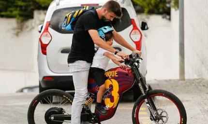 Пике добирался на Камп Ноу на матч с Эспаньолом на велосипеде