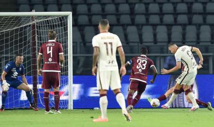 Серия А. Рома обеспечивает пятое место, поражение безразличного чемпиона