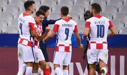 Хорватия - Швеция 2:1. Клетчатые остаются в игре
