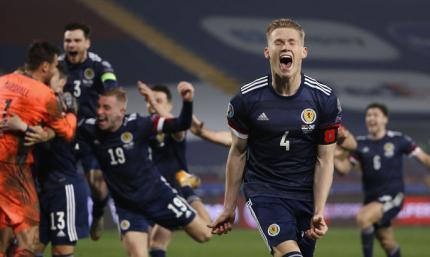 Впервые на Евро с 1996-го. ВИДЕО как Шотландия победила Сербию по пенальти