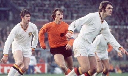 Советский крестный голландского чуда. Нидерланды с тотальным футболом могли и не попасть на ЧМ-1974