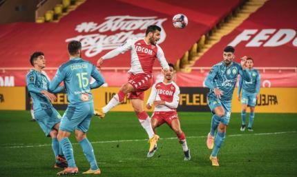 Лига 1. Стандарты Монако сломили Марсель, а Ницца подала признаки жизни