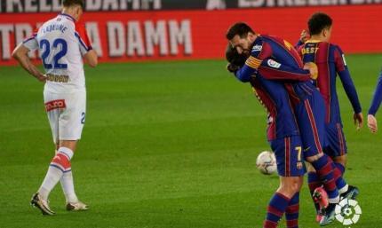 Шедевров Месси целых два. Барселона - Алавес 5:1. Видео голов и обзор матча