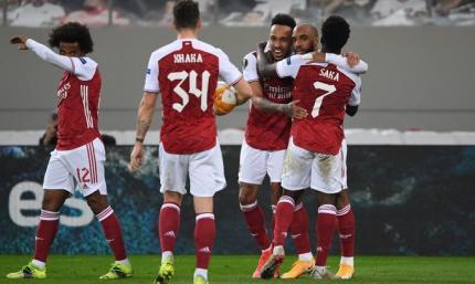 Шикарные голы не спасают португальцев от вылета. Арсенал - Бенфика 3:2. Обзор матча, видео голов