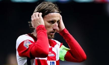 Модрич побил рекорд Срны по количеству матчей за сборную Хорватии