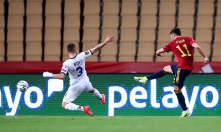 Независимость не признают, но в футбол обыгрывают. Испания победила Косово