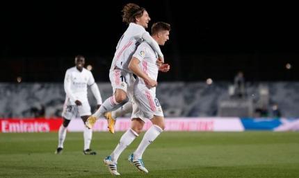 И голы, и удаления, и (не)пенальти. Реал - Барселона 2:1. Видео голов и обзор матча