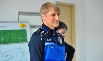 Официально: Львов продлил контракт с главным тренером
