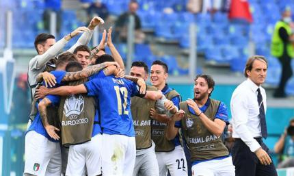 Италия не проигрывает, не пропускает и только побеждает. 5 фактов десятого дня Евро-2020