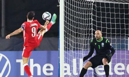 Отбор ЧМ-2022. Польша забила семь голов Сан-Марино, но и пропустила один