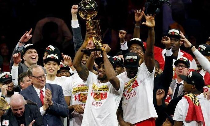 Рік тому чемпіоном НБА вперше став клуб з Канади. ВІДЕО