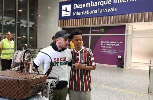 Веллінгтон Нем прибув до Бразилії для підписання контракту з Флуміненсе - изображение 1
