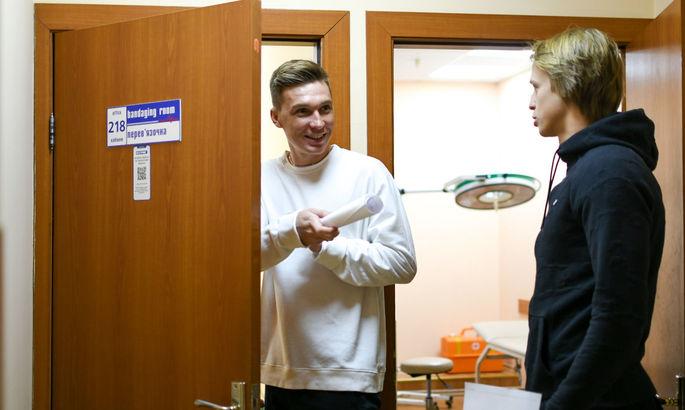 Сидорчук и Цыганков сдали отрицательные тесты, но в матче с Барселоной не сыграют