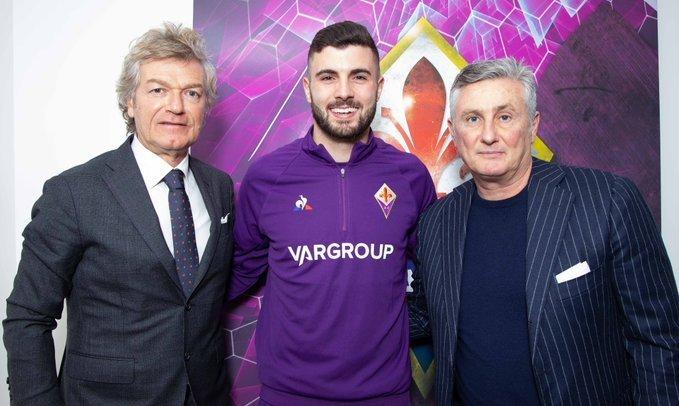 Официально: Кутроне возвращается в Италию, подписав контракт с Фиорентиной