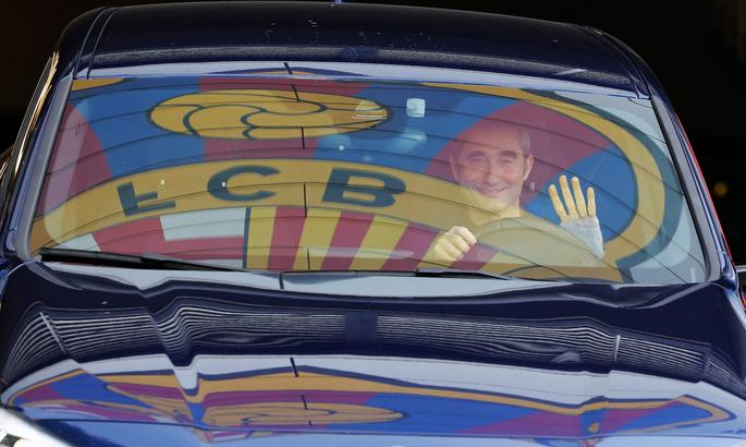 Барселона впервые за 17 лет уволила тренера посреди сезона
