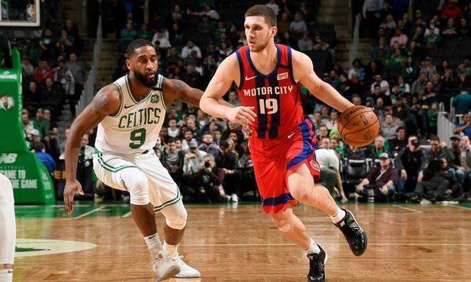 Шикарный матч Михайлюка в НБА – 21 очко и бросок со своей половины площадки
