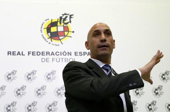 Глава Федерации футбола Испании обвиняется в нападении на женщину и нанесении побоев - изображение 1