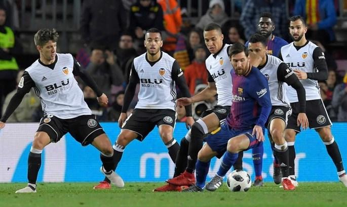 Валенсія – Барселона. В затінку дербі, але з максимальною інтригою
