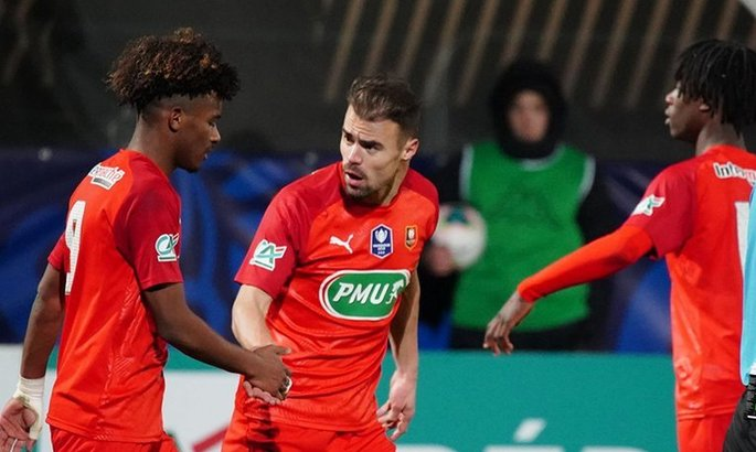 Невероятный гол Ренна в Кубке Франции при счете 4:4 в овертайме. ВИДЕО