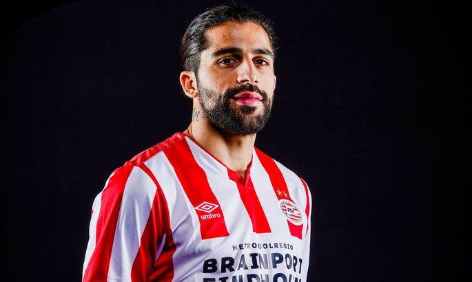 Рикардо Родригес перешел в ПСВ - две недели назад он согласовал контракт с Фенербахче