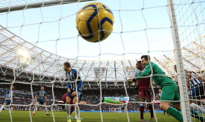 АПЛ. Ліверпуль громить Саутгемптон, Вест Хем грає внічию з Брайтоном і черговий успіх Шеффілда - изображение 2