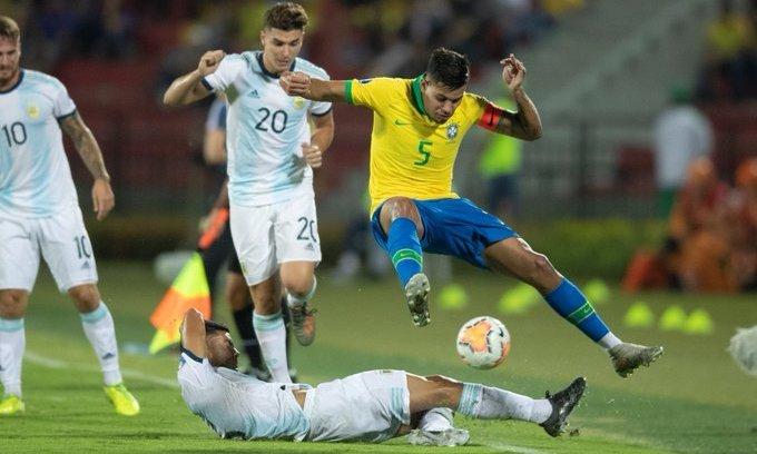 Бразилия прорвалась на Олимпиаду. В решающем матче разбита Аргентина. ВИДЕО