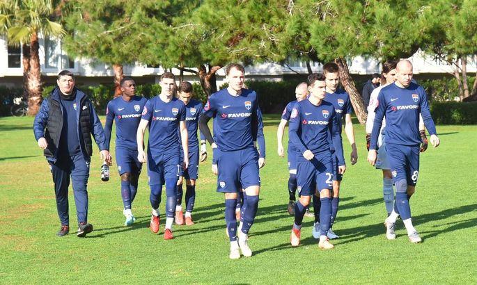 В текущем сезоне Мариуполь подписал 14 игроков. Все из Шахтера, причем 13 в аренде
