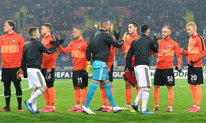 УЕФА предупредил Шахтер и Каштру, однако оштрафовал Бенфику