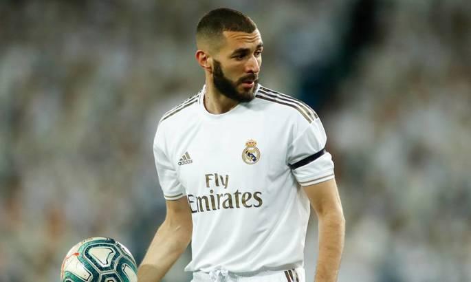 Агент Бензема подтвердил, что француз подписал новый контракт с Реалом