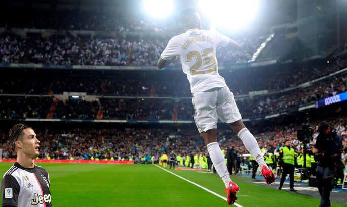 Роналду відвідав роздягальню Реала в перерві Ель Класіко. У ЗМІ обговорюють повернення CR7 до Мадрида