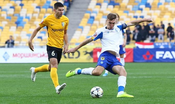 При счете 1:2 в ворота Динамо не был назначен пенальти, а Сидорчук ошибочно избежал удаления