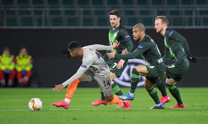 Каштру: Считаю, что это неправильно, если УЕФА назначит игру  с Вольфсбургом в Германии