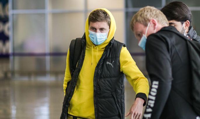 Рух вернулся из Турции на два дня раньше из-за пандемии коронавируса