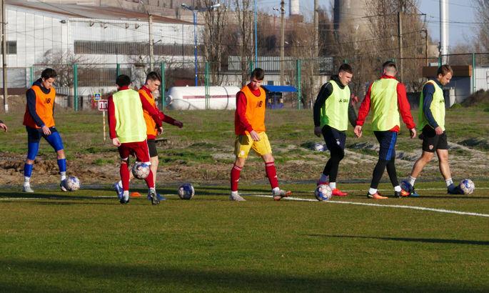 Горняк-Спорт прекратил тренировки и ушел на карантин