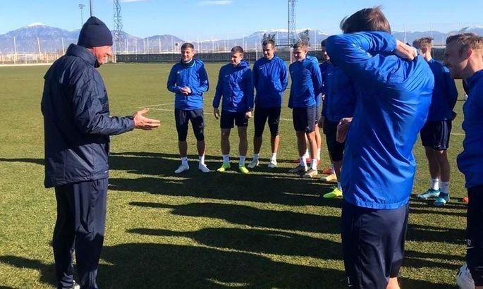 Хацкевич признан лучшим тренером тура в российской ФНЛ