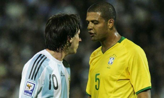 Феліпе Мело: Коли Бразилія грала з Аргентиною, ми домовлялися, що по черзі б'ємо Мессі по ногах