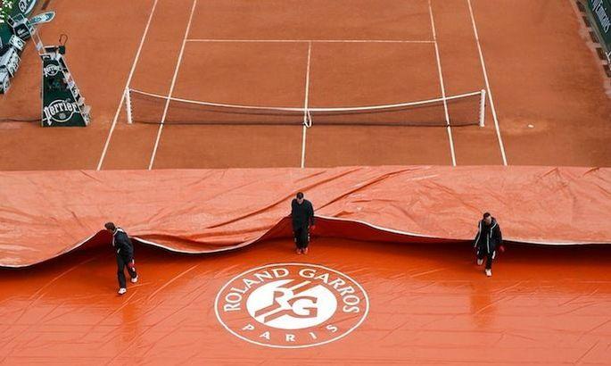Ролан Гаррос развязал войну в мировом теннисе