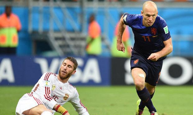 Испания - Нидерланды. Смотреть видеотрансляцию матча ЧМ-2014