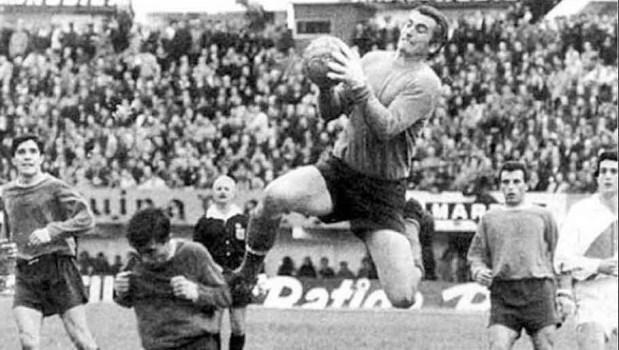 Тарзан, що зупиняв Пеле. Пішов у вічність найкращий воротар в історії Аргентини - изображение 1