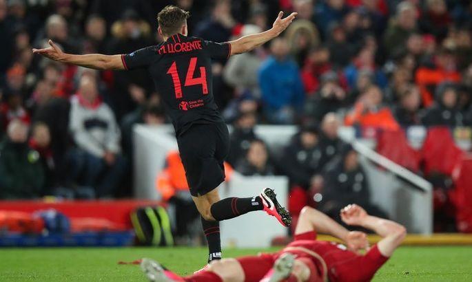 Герой матча Ливерпуль – Атлетико смешно разыграл свою девушку с помощью стакана и швабры