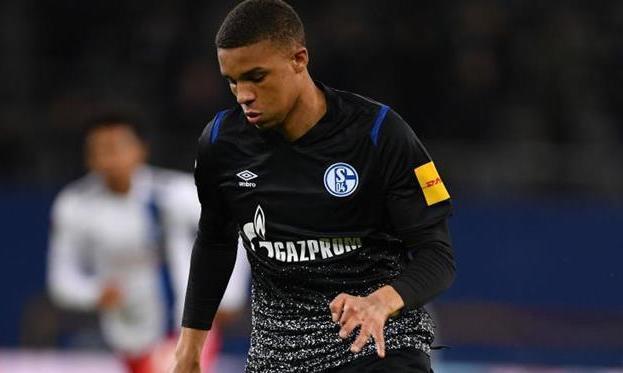 Три клуба АПЛ проявляют интерес к 18-летнему игроку Шальке